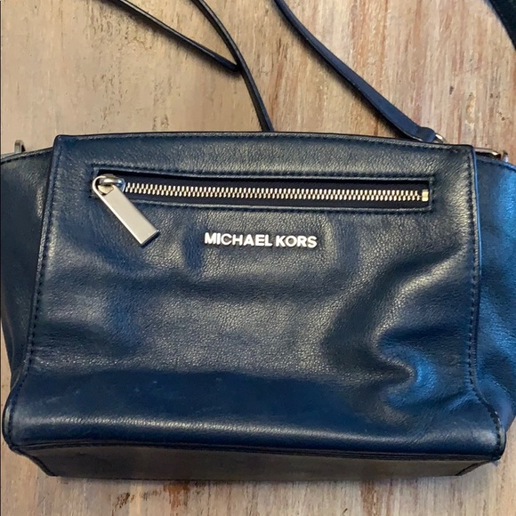 Michael Kors Handbags - Beautiful navy blue Michael Kors bag